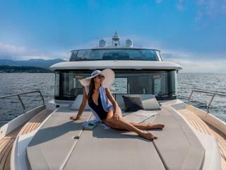 Absolute Navetta 48 Concessionnaire Modern Boat Cannes Mandelieu