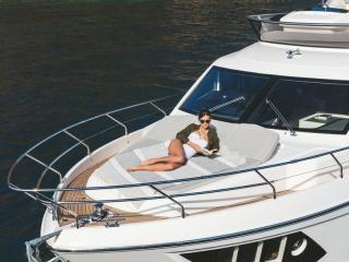 Absolute 52 FLY Concessionnaire Modern Boat Cannes Mandelieu