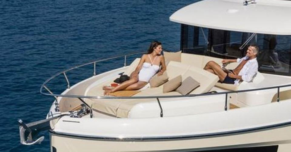 NAVETTA 52 ABSOLUTE DISPONIBLE