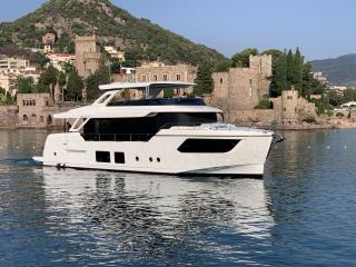 Absolute Navetta 73 Concessionnaire Modern Boat Cannes Mandelieu